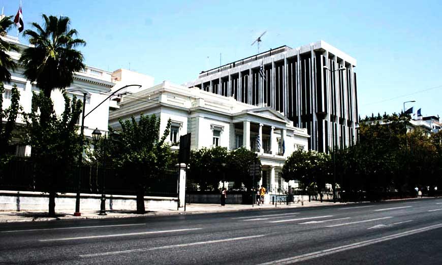 Απελάθηκε και επισήμως από την Αθήνα ο Λίβυος Πρέσβης