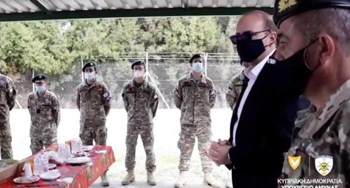 Επίσκεψη Υπουργού Άμυνας
